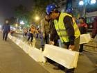 Hà Nội bắt đầu lắp đặt dải phân cách ưu tiên buýt nhanh BRT
