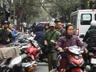 Chủ tịch quận Thanh Xuân, Hà Nội viết thư đề nghị trả lại vỉa hè
