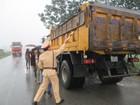 Tổng cục Đường bộ yêu cầu đóng cửa bến cảng trái phép để xe quá tải tung hoành
