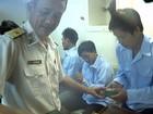 Hải quân vùng 3: Cứu thành công 12 ngư dân bị nạn giữa tâm bão số 10