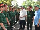 Chủ tịch nước Trần Đại Quang thăm cán bộ, chiến sĩ Đảo Ngư