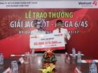 KH Vietlott trúng 82 tỷ dành 100 triệu đồng ủng hộ UBMT Tổ quốc Việt Nam tỉnh An Giang