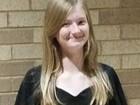 Bé gái 14 tuổi chết vì vừa sạc vừa gọi điện trong nhà tắm