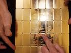 Giá vàng tiếp đà tăng, nhờ sự suy yếu của đồng USD