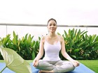 Mỹ nhân Việt tập yoga khoe đường cong tuyệt mỹ