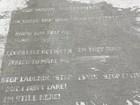 Mỹ: Bài thơ lạ chỉ xuất hiện khi mưa