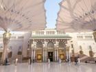 Video: Mê mẩn những chiếc ô ở thánh đường đẹp nhất thế giới