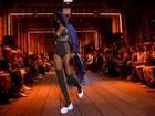 Mốt lập dị, xuyên thấu chiếm lĩnh thời trang xuân hè 2017