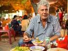 Video: Đầu bếp Mỹ thích thú với bún 'mắng' ở Hà Nội