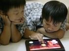 """""""Mê"""" iPad, trẻ em liệu có thông minh hơn?"""