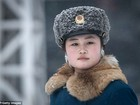 Nữ CSGT Triều Tiên: Xinh đẹp, độc thân và phải về hưu ở tuổi 26