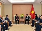 Khuyến khích doanh nghiệp Việt Nam đầu tư phát triển hạ tầng CNTT tại Lào