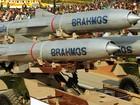 Việt Nam lên tiếng việc mua tên lửa BrahMos
