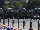"""Ông Trump điện đàm Đài Loan, Trung Quốc khoe phóng 10 tên lửa """"sát thủ tàu sân bay"""""""