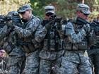 """Mỹ """"châm lửa"""", quyết chống Nga đến người Ukraine cuối cùng?"""