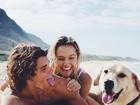 Video: Mùa hè của cặp đôi đẹp nhất thế giới