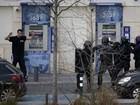 Pháp: Kẻ bắt giữ con tin trong tòa nhà bưu điện đầu hàng