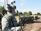 """Chiến sự Syria: Lính Nga """"khử"""" quả bom khổng lồ kích nổ từ xa của phiến quân - VIDEO"""