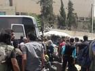 Chiến sự Syria: Hàng ngàn phiến quân quy hàng chính phủ, di tản đến Idlib