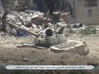 Phiến quân bắn hạ xe tăng Syria, giao chiến kinh hoàng ở Damascus (video)