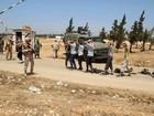 Phiến quân Syria lũ lượt nộp vũ khí ra hàng tại Hama