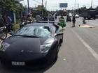 Siêu xe Lamborghini tông chết người băng qua đường
