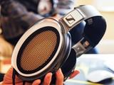 Tai nghe giá 1,7 tỷ đồng tại Việt Nam