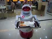 Robot đang dần thay thế con người