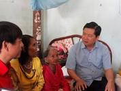 TP.HCM dùng tiền không bắn pháo hoa chi cho dân nghèo đón Tết