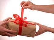 Bộ Công an cũng cấm tặng quà Tết