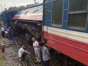 Đoàn tàu Lào Cai – Hà Nội bị trật bánh, không có thiệt hại về người