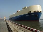 Tân Vũ đón chuyến tàu RORO đầu tiên cập cảng