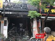 Đà Nẵng: Cháy trong mưa, nhà giữa phố cháy rụi