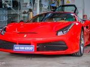 Ngắm siêu xe Ferrari 488 GTB lên gói độ hàng hiệu ở Đà Nẵng