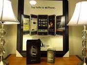 """Giới sưu tập đổ xô săn iPhone """"đời đầu"""""""