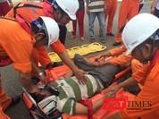 Điều tàu SAR 274 ra biển cứu ngư dân bị thủng dạ dày