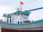 """Tàu cá """"công nghệ vật liệu mới"""" có giá.... rẻ hơn tàu vỏ thép"""