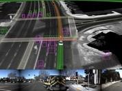 Xe tự lái Waymo biết nhường đường cho xe ưu tiên