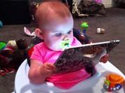 Máy tính bảng và smartphone ảnh hưởng đến khả năng ngôn ngữ của trẻ nhỏ