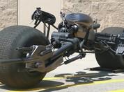 """Ngắm siêu môtô """"Người Dơi"""" giá từ 80.000 USD"""