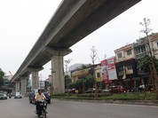 Một công nhân rơi xuống đường tại tuyến đường sắt Cát Linh- Hà Đông