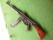 Stg-44 - loại súng uy lực từng bị Hitler hắt hủi