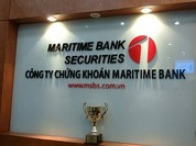 """Công ty Chứng khoán Maritime """"đổi ý"""" niêm yết tại HNX, muốn về UPCoM"""