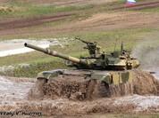 Cận cảnh xe tăng-thiết giáp Nga chạy, nhảy, bắn