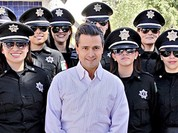 """Video: Mexico giải tán đơn vị cảnh sát nữ """"gợi cảm nhất thế giới"""""""