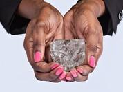 Choáng với viên kim cương lớn thứ 2 thế giới