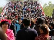 Choáng với biển người Trung Quốc chen nhau ở Vạn Lý trường thành