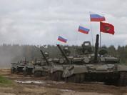 """Video: Cận cảnh """"xe tăng bay"""" T-80"""