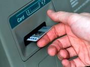 """3 lý do máy ATM dễ dàng """"nhả tiền"""" cho hacker"""