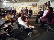 Chùm ảnh hiếm: Khoảnh khắc Tổng thống Bush nhận tin Mỹ bị khủng bố 11/9